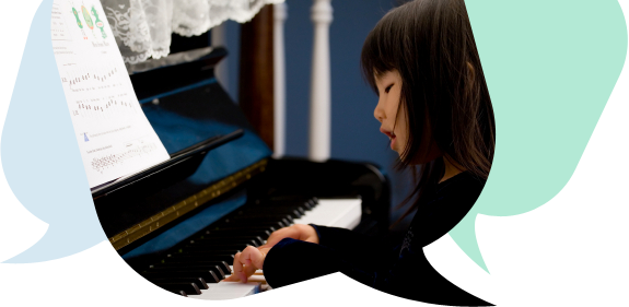 Chinese_Girl_Piano